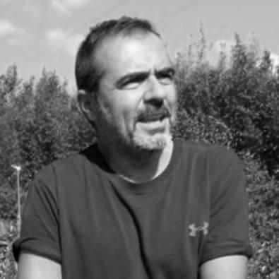 Istruttore Yoga: Fabrizio Ungaro